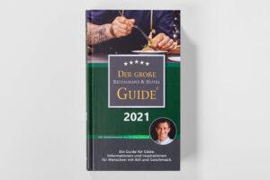 Der grosse Restaurant und Hotel Guide 2021 Cover. Die Datei ist ein Foto im JPEG-Format.